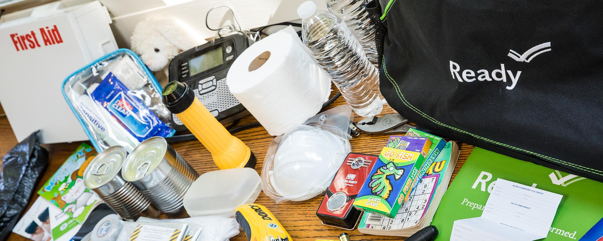 Contents of an emergency supply kit